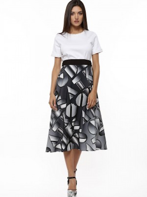 Circle skirts-7 Retro Trends That Are SO Fashionable Today