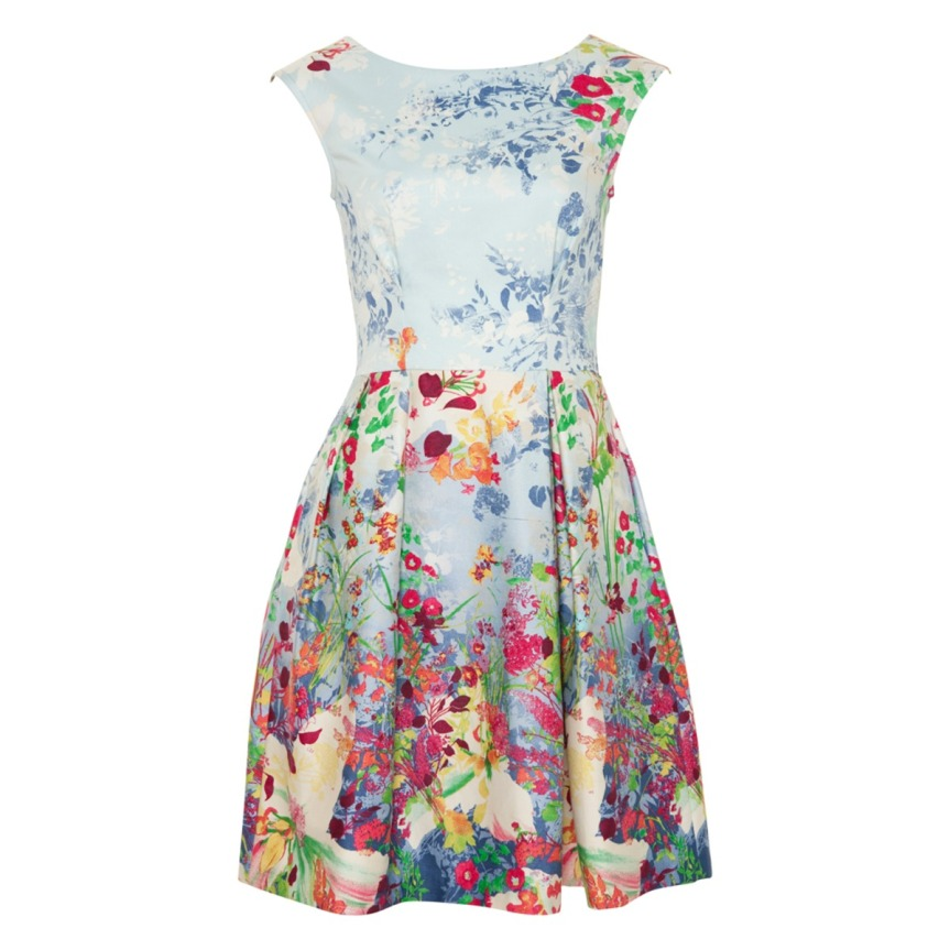 5.Floral-Print-Dresses-For-Spring-Summer-PICK ON SOME EVERGREEN TRENDS